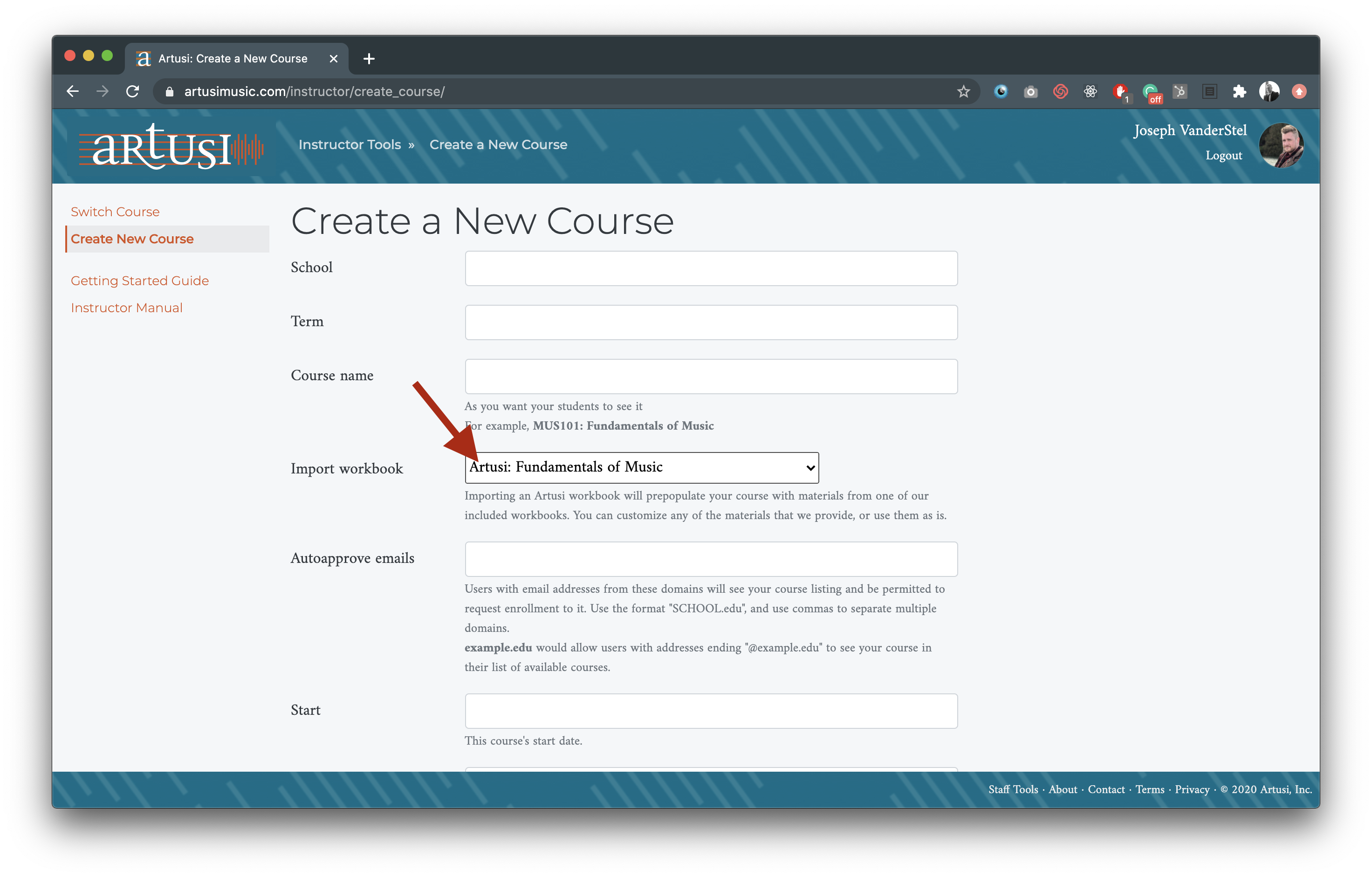 Create course page with arrow pointing to Import curriculum
